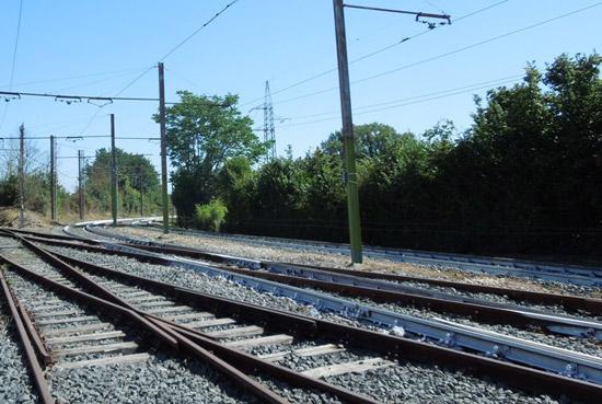 Serena, 13 anni, muore investita dal treno