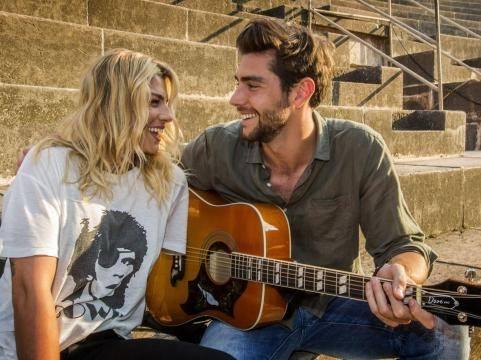 Emma e Alvaro Soler, esce il video girato a Vulci