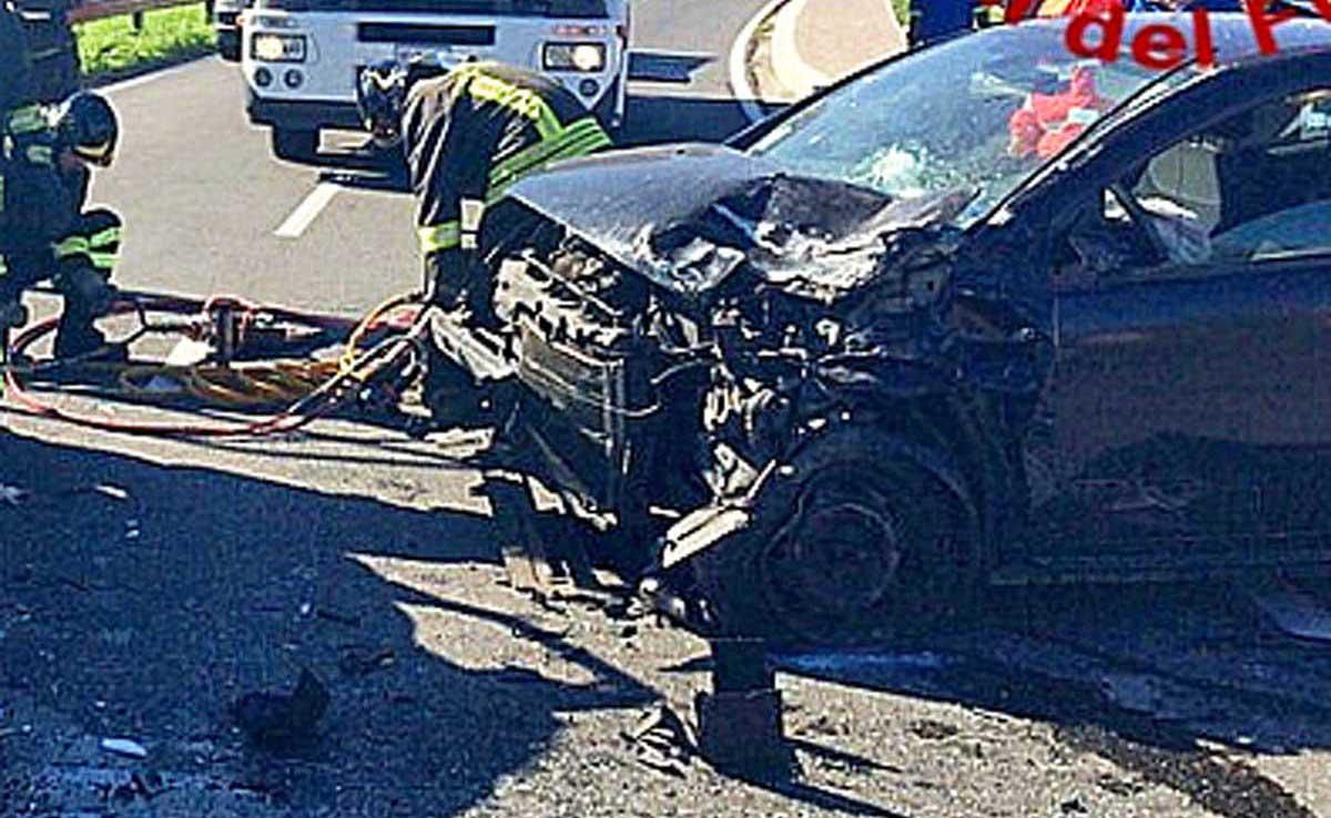 Scontro tra due auto a Valmontone: un ferito