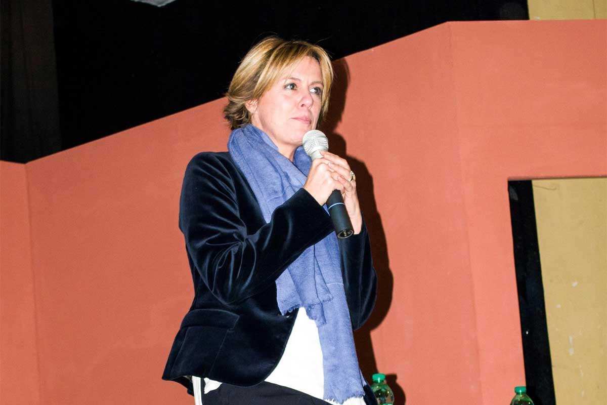 Teramo, la ministra Lorenzin in visita all'Izs FOTO