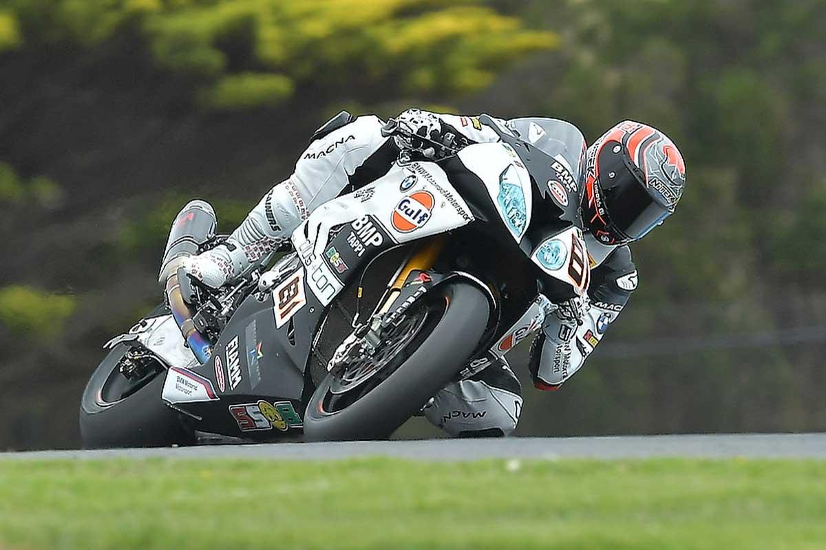 Superbike, Australia 2017: Gara-1 va a Rea, Melandri out