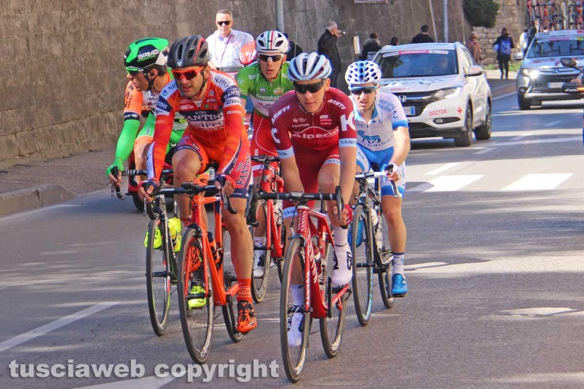 Tirreno-Adriatico, prima tappa alla Bmc: Caruso in maglia azzurra, Versilia superstar
