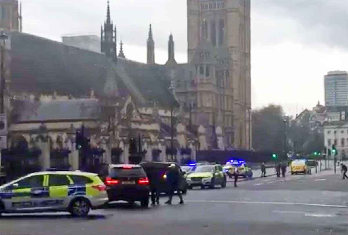 Londra, raid della polizia a Birmingham