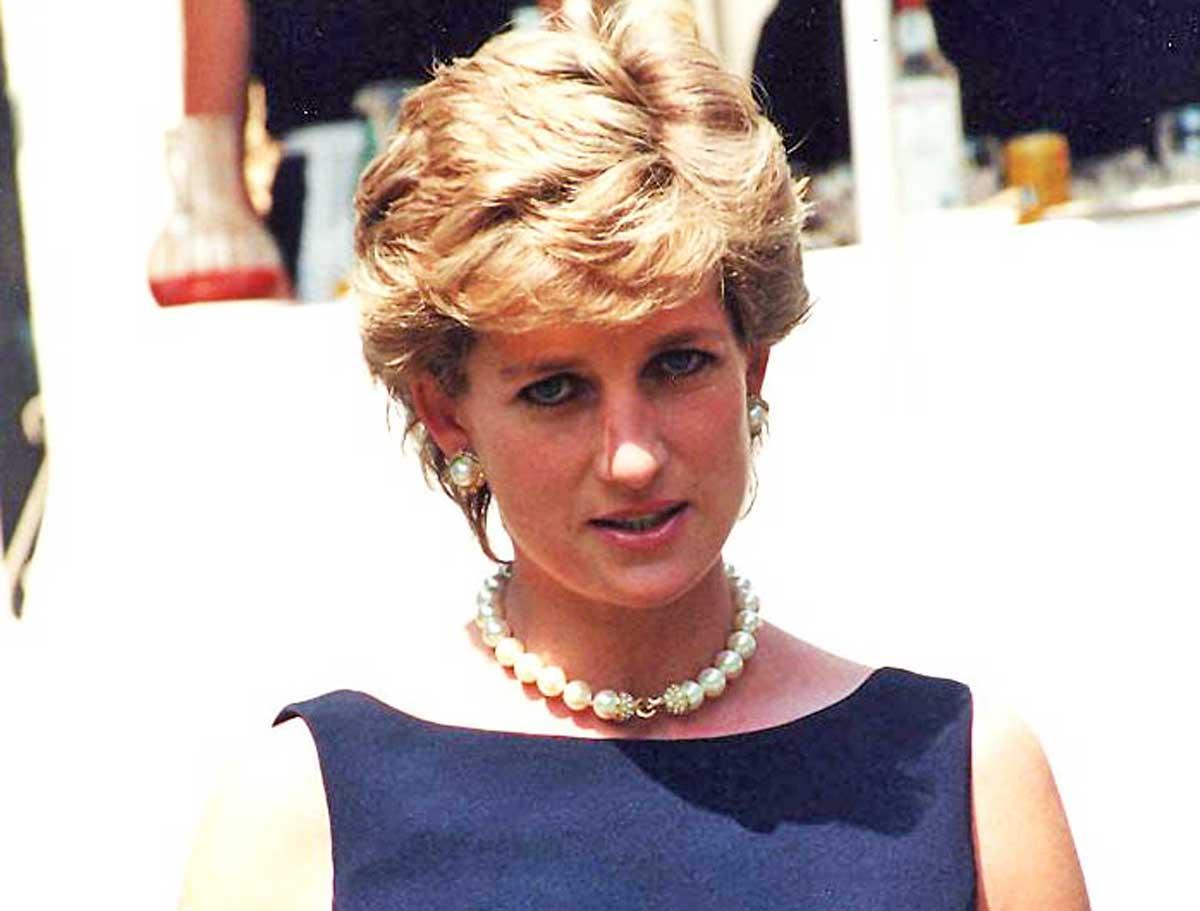 Quattro tentativi di profanazione alla tomba di Diana